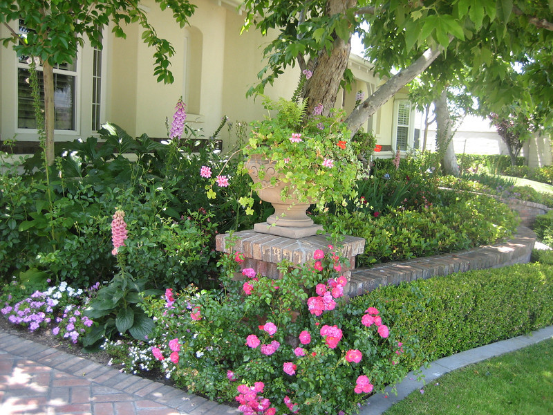 Cottage Garden Landscape Design Photos